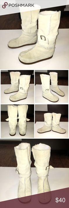 """Auth Kors Michael Kors  suede leather boots sz 8 Authentic Kors Michael Kors light sand suede leather boots sz 8 has light marks/ light wear throughout. Bottom sole measures 9.5"""" KORS Michael Kors Shoes Winter & Rain Boots"""