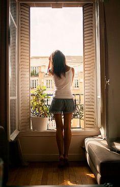 Paris window.....一度でもいいからここに立ってみたいな。