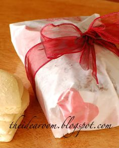 Tissue paper cut-outs ironed onto wax paper for clever cookie wrapping paper.protect your iron with plain paper on top! Valentine Ideas, Valentine Heart, Valentine Crafts, Valentines, Craft Tutorials, Diy Projects, Craft Ideas, Wax Paper Crafts, Peppermint Soap