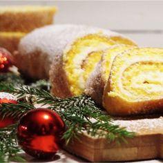 Saffransrulltårta med vit choklad och philadelphiakräm - Victorias provkök Christmas Goodies, Christmas Baking, Cookie Desserts, Dessert Recipes, Bakers Gonna Bake, Gluten Free Baking, Cookies And Cream, Something Sweet, Yummy Cakes