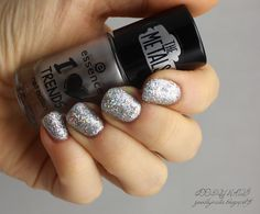 Goodly Nails: Glitteri överit