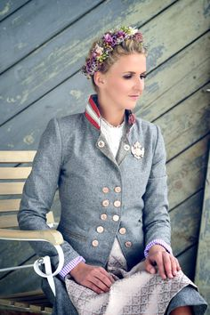 Frauen Jacken, Blazer & Mäntel - Trachten Jacken Mirabell Plummer Anna Karenina, Blazer, Mood, Classic, Style, Fashion, Dirndl, Mandarin Collar, Jackets