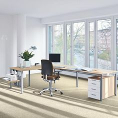 Works NN Kinnarps Büromöbel Schreibtisch