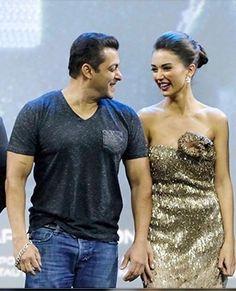 Salman Khan Photo, Men's Clothing, Tank Man, Foods, Fan, Photos, Mens Tops, Clothes, Fashion