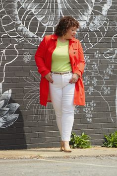 Highlighter Brights with White - Wardrobe Oxygen