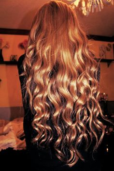Hair Waves Fashion Trends 2012 Wavy Hair have always been on top. Whatever is your hair color, if you have big, volumized waves, than . Wavy Hair, Blonde Hair, Pink Hair, Magenta Hair, Blonde Waves, Coiffure Hair, Tips Belleza, About Hair, Mode Inspiration