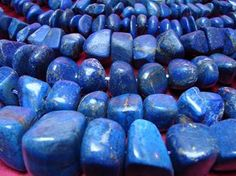 Lapis Lazuli brings wisdom, vitality creative expression, and mental endurance. It helps you relax, is good for relationships, dreams, yin/yang balance, all psychic abilities, depression and protection against psychic attacks. It opens your third eye and balances your throat chakra. It reveals inner truth.  Lapis lazuli helps pain, respiratory system, nervous system, throat, larynx, thymus, immune system, hearing loss, blood, vertigo, insomnia and even lowers your blood pressure.