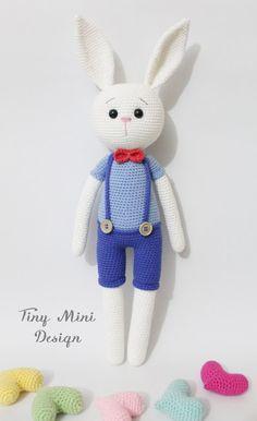 Cracker Bunny | Tiny Mini Design Gallery