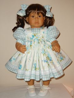 Dress and Matching Bows for 22 to 25 inch Lee by SewbeitsDollWear