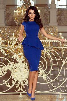 Elegant Midi Dresses, Pretty Dresses, Sexy Dresses, Dress Outfits, Casual Dresses, Fashion Dresses, Classy Work Outfits, Classy Dress, Simple Gowns