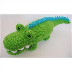 Alligator Crochet Pattern | YouCanMakeThis.com