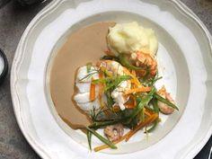 Torskrygg med ljummen skaldjurssallad och potatismos Receptbild - Allt om Mat