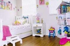 Here's What You Need to Know About Decorating Children's Bedrooms: Maximize the Space
