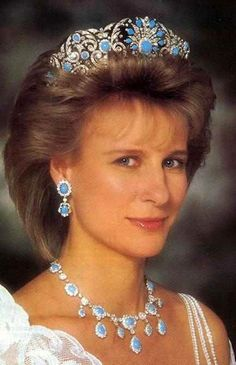 The Duchess of Gloucester wearing the turquoise tiara.