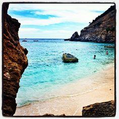 Sardinia out-of-season: Cala Mariolu