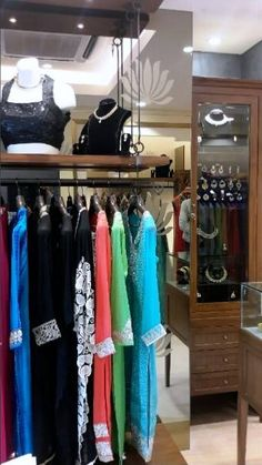 The Meena Bazar store in Mumbai showcasing a glimpse of their collection through display patterns planned by DCA Architects. #GroupDCA #MeenaBazar #Mumbai #retailstores