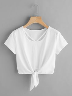 Shop V Strap Neck Knot Front Crop Tee online. SheIn offers V Strap Neck Knot Front Crop Tee & more to fit your fashionable needs. Cropped Tops, Cute Crop Tops, Teen Fashion Outfits, Fashion Mode, Outfits For Teens, Fashion Edgy, Fashion 2017, Fashion Styles, Spring Fashion