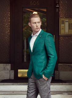 JE Model Management - Brandon Connelly Blue Green Hair, Green Hair Colors, Eye Color, Gq, Vogue, Mens Fashion, Couture, Armors, Suits