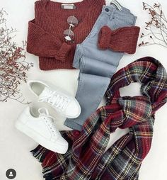 School outfit ideas for daily looks – Just Trendy Girls: www. Source by shiriwni Ideas school Mode Outfits, Outfits For Teens, Girl Outfits, Cute Winter Outfits, Cute Casual Outfits, Looks Plus Size, Winter Fashion Outfits, Fashion Tips, Mode Inspiration