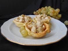 Tartaletas de pollo en salsa de uvas