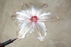 Клематис / Clematis https://www.facebook.com/profile.php?id=100010796977627 (of synthetic resin and wire, American flowers, it is not kanzashi Sakae, luxury jewelry, wedding decorations, wedding flowers, transparent flowers)
