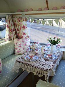 LACE TABLECLOTH .......Vintage c.1970 Thomson Mini-Glen Caravan 2 berth | eBay