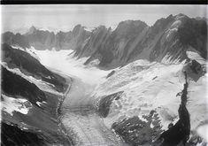 Glacier d'Argentière, Mont Dolent v. aus 4000 m 1926 Glacier, Chamonix, Mount Everest, Texture, Abstract, Artwork, Travel, Hollow Earth, Mountains