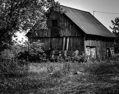 8x10 Black and White Print A Barn In The Country by PelliculArt