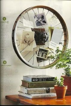 Have you ever thought about what you can do with an old bicycle wheel? Decorate your home with old bicycle wheel, create unique tables, organize the kit
