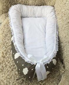 Babynest med ullstoppning i mindre storlek, moln, Leonora