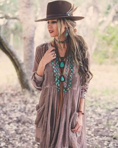 Boho Turquoise Lovin' Jewelry - love the big and chunky pieces
