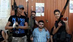 A oposição síria sofreu uma grave cisão. Três grupos de rebeldes influentes anunciaram não reconhecer a Coalizão Nacional e o governo de Ahm...