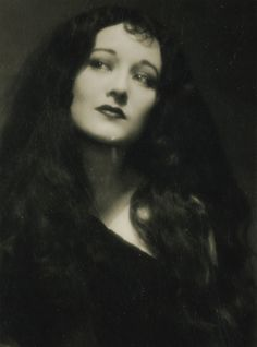 Very young Joan (I think she was a Ziegfeld girl).