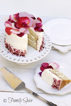 Don't miss the winner of the May Flowers 9x9 - White Rose Cake! It's gorgeous and we love the use of roses in the recipe!