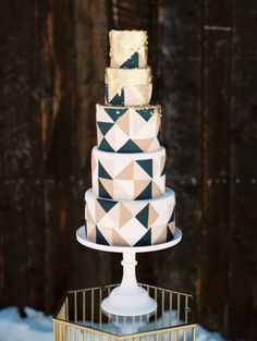 Geometric wedding cake // Contemporary Winter Wedding Inspiration by Rachel Havel and BluebirdProductions