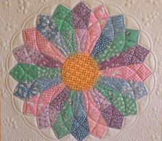 Dresden Dahlias by Kim from Kimmy Quilt