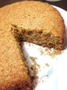 Cinnamon oatmeal cake, easy, cheap and delicious! Sweet Recipes, Real Food Recipes, Cake Recipes, Dessert Recipes, Cooking Recipes, Healthy Cake, Healthy Desserts, Tortas Light, Food Cakes