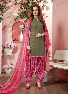 Dress Design Patterns, Pattern Design, Patiala Suit, Kurti, Designer Dresses, Duster Coat, Traditional, Floral, How To Wear