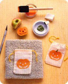 halloween bag using DIY apple stamp