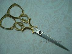 French Scissors