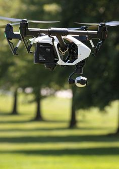 Commercial use of drones: With strict FAA regulation, some locally wait for exemption, others just fly
