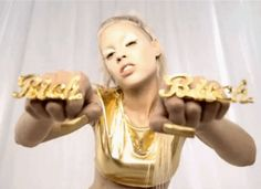 Die Antwoord - All Over The Interwebs Die Antwoord, Yolandi Visser, Like A Boss, You Funny, Girl Power, Music Videos, Musicians, Diy Wall, Wall Decor