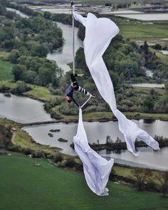 Aerial Acrobatics, Aerial Dance, Aerial Hoop, Aerial Arts, Arial Silks, Aerial Gymnastics, Silk Dancing, Dance Stretches, Circus Art