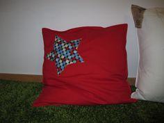 Cojín - estrella rojo