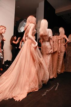 love these blush / nude tones