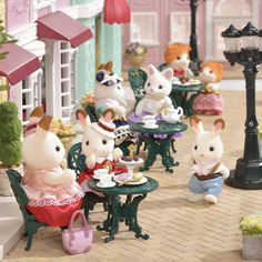 """Sylvania Family 【Official】 - Instagram Picture (Instagram) """"# Sylvania Town Series Cute tea set, enjoying a fancy tea time like an open cafe, # Suites tea time set A lot of it is like # open terrace ♪ It is nice ♪ # Sylvania Family Fan Club # Sylvania # sylvanianfamilies # calicocritters # Dollhouse # dollhouse # Miniatures # miniature August 15 19:26"""