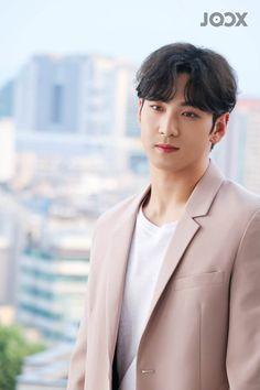Produce 101 Season 2, Nu Est, Editing Pictures, Korean Boy Bands, Korean Singer, Boy Groups, Boys, Beautiful, Oriental