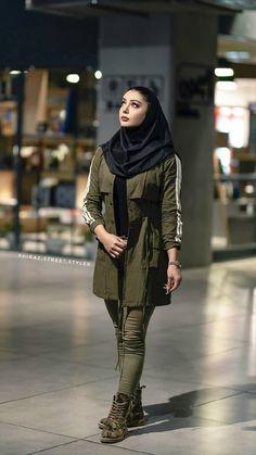 Muslim Outfits For University , Muslim University Outfit – Hijab Fashion 2020 Iranian Women Fashion, Muslim Fashion, Hijab Fashion, Fashion Outfits, Student Fashion, Fashion 2020, Star Fashion, Girl Fashion, Iranian Beauty