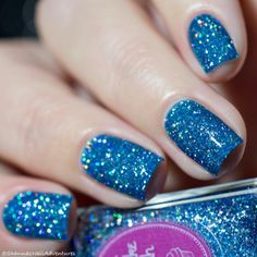 Queen Frostine : Color description: Denim Blue Finish: jelly with full coverage super holo microglitters Number of coats: 2 Holographic effect: Strong Nail Lacquer, Blue Nail Polish, Holographic Nail Polish, Glitter Nail Polish, Acrylic Nails, Nail Art Designs, White Nail Designs, Cute Nails, Pretty Nails