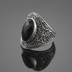 BLACK ONYX 925 SILVER STATEMENT RING